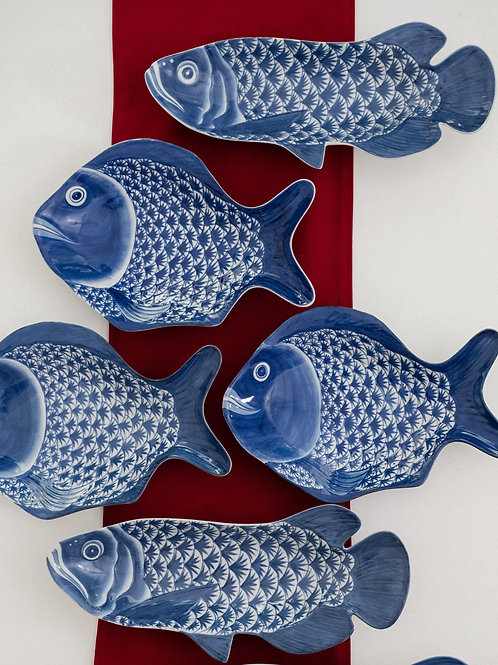 Hand-painted Fish Plate (Blue & White)