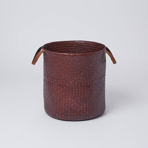 We deliver in Singapore. Affordable décor and laundry basket available at Lims.
