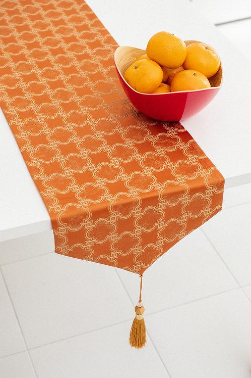 Table Runner (Orange Clover)