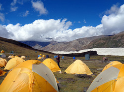 2016-19-Tag-10-Base-Camp