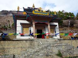 Kloster bud. in Upper Pisang