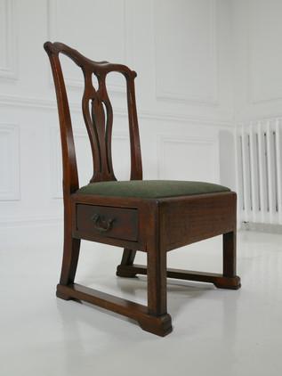 Lambing Chair