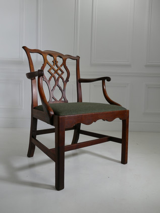 Substantial Gents Elbow Chair