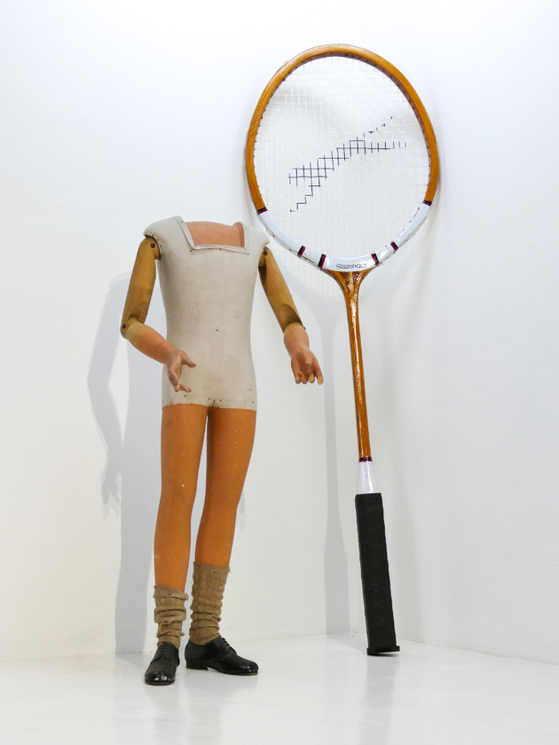 Shop Display Racket