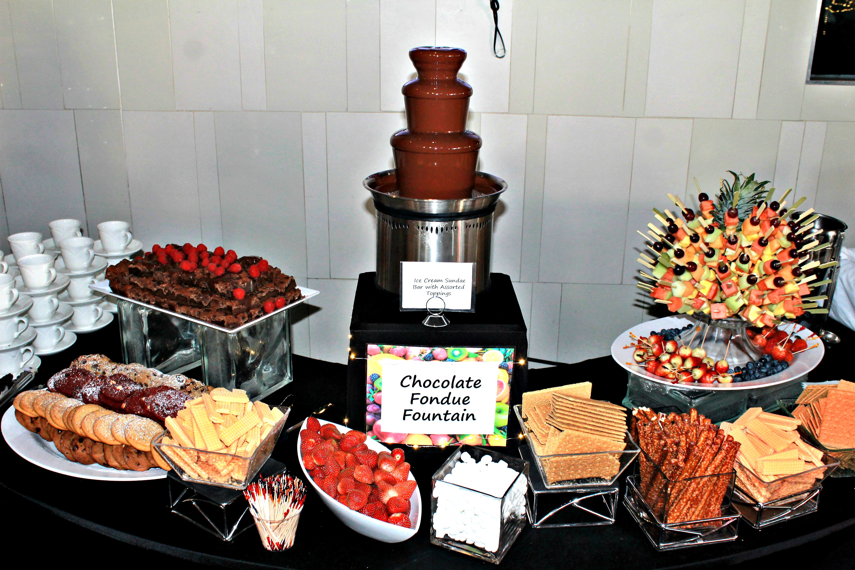 Chocolate fountain with fruit