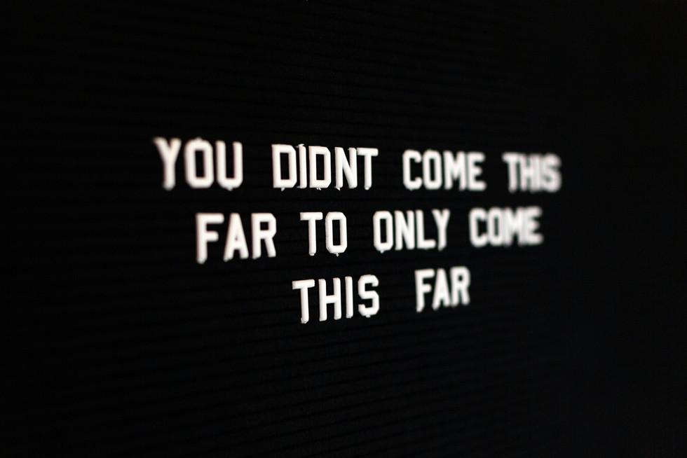 ON YOUR WAY.  Die Reise hört nie auf ...