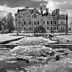 04 Burton Agnes Hall.jpg