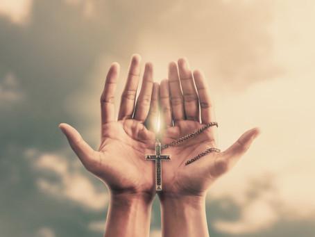 Nossos problemas em nossas mãos , viram tragédias , mas nas mãos de Deus viram milagres