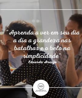 Post Branco e Rosa de Promoção de Dia das Mães para Instagram (40).png