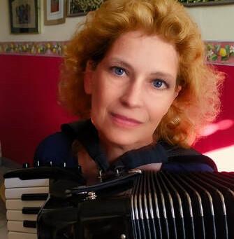 Ponte cultural entre Brasil e Itália oferece curso com Elena Enrico