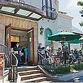 Urth Caffe - pet friendly restaurant.web