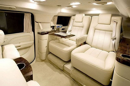 Most renowned Private Limousine Service in Las Vegas, New York, Los Angeles, San Diego, and Miami Beach, Florida - Pet Friendly Yellow Pages - PRIVATE LIMOUSINE
