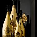 Dom Pérignon Rose Gold cHAMPAGNE pOOL pA