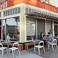 Precita Park Cafe - Pet friendly restaur