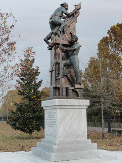 """""""Monument to the Latino Worker"""""""