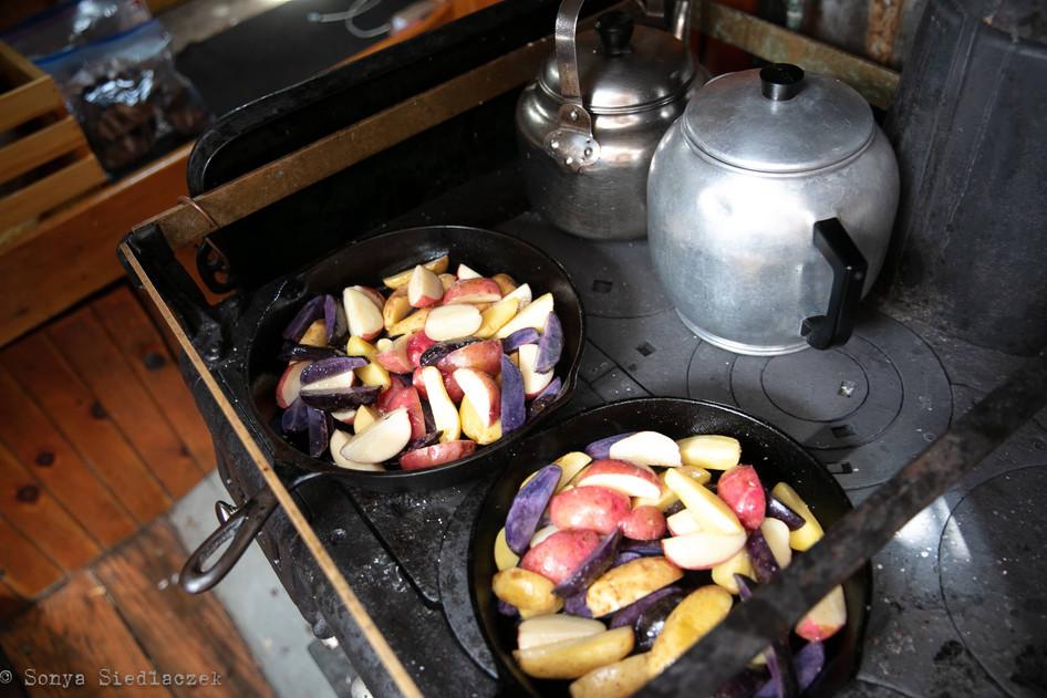 maine dinner cruise wood stove-min.jpg