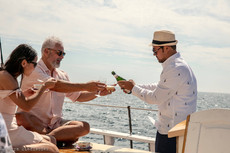 rockland sailing drinks-min.jpg