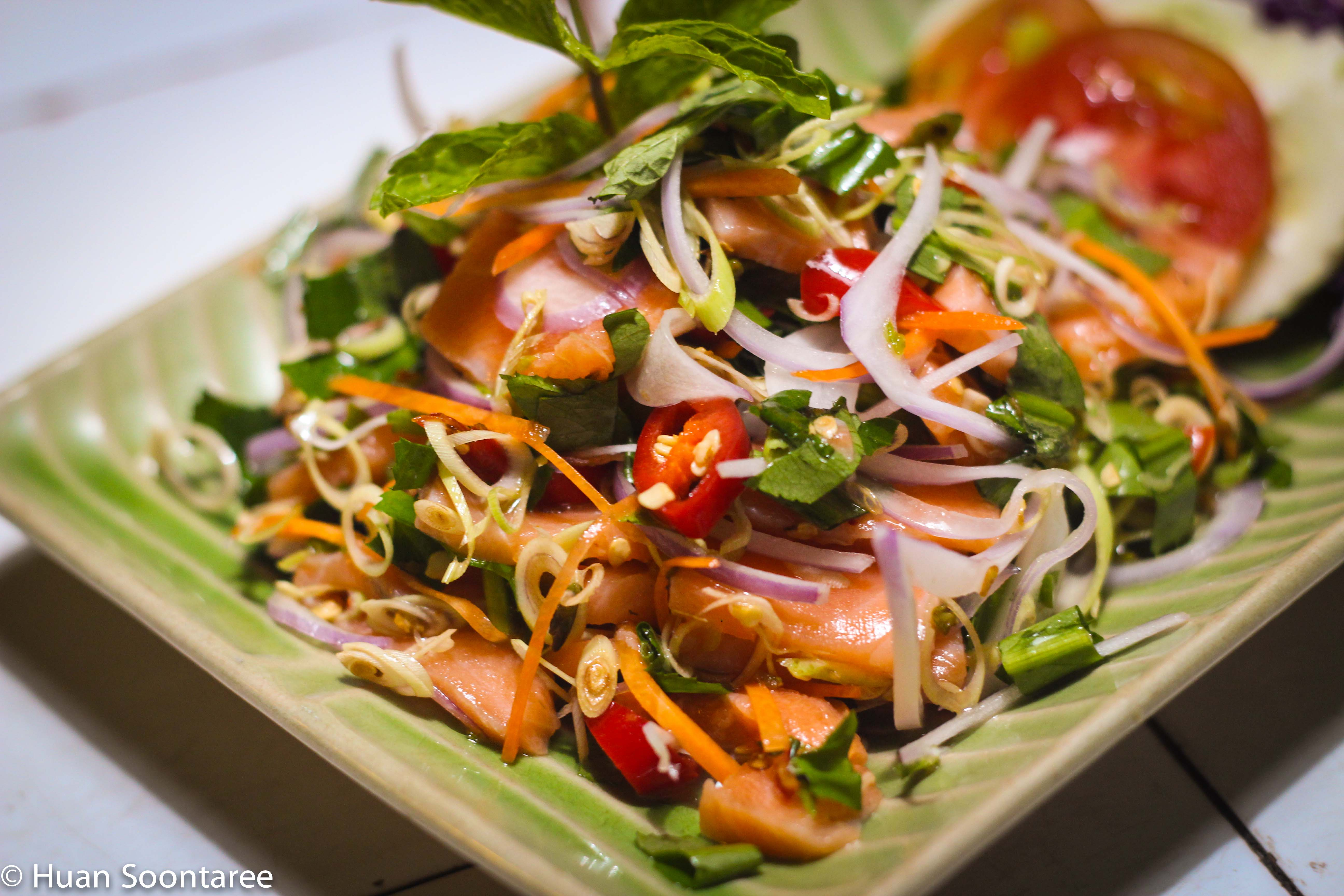 10 Salmon sashimi salad 3