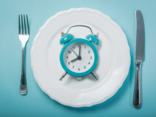 Intermittent Fasting - How to do it the RIGHT way!