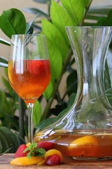 Recipe: (Relaxing) Chamomile Peach Iced Tea