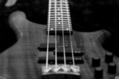 Bass%2520Guitar%25202_edited_edited.jpg