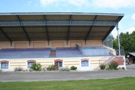 Les tribunes de l'hippodrome