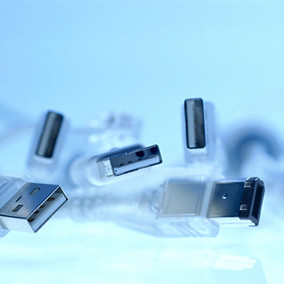The Evolution of USB (Universal Serial Bus) Standards