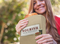 paper-bag-mockup-featuring-a-young-woman
