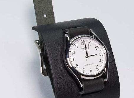 ブレスレットタイプの腕時計バンド