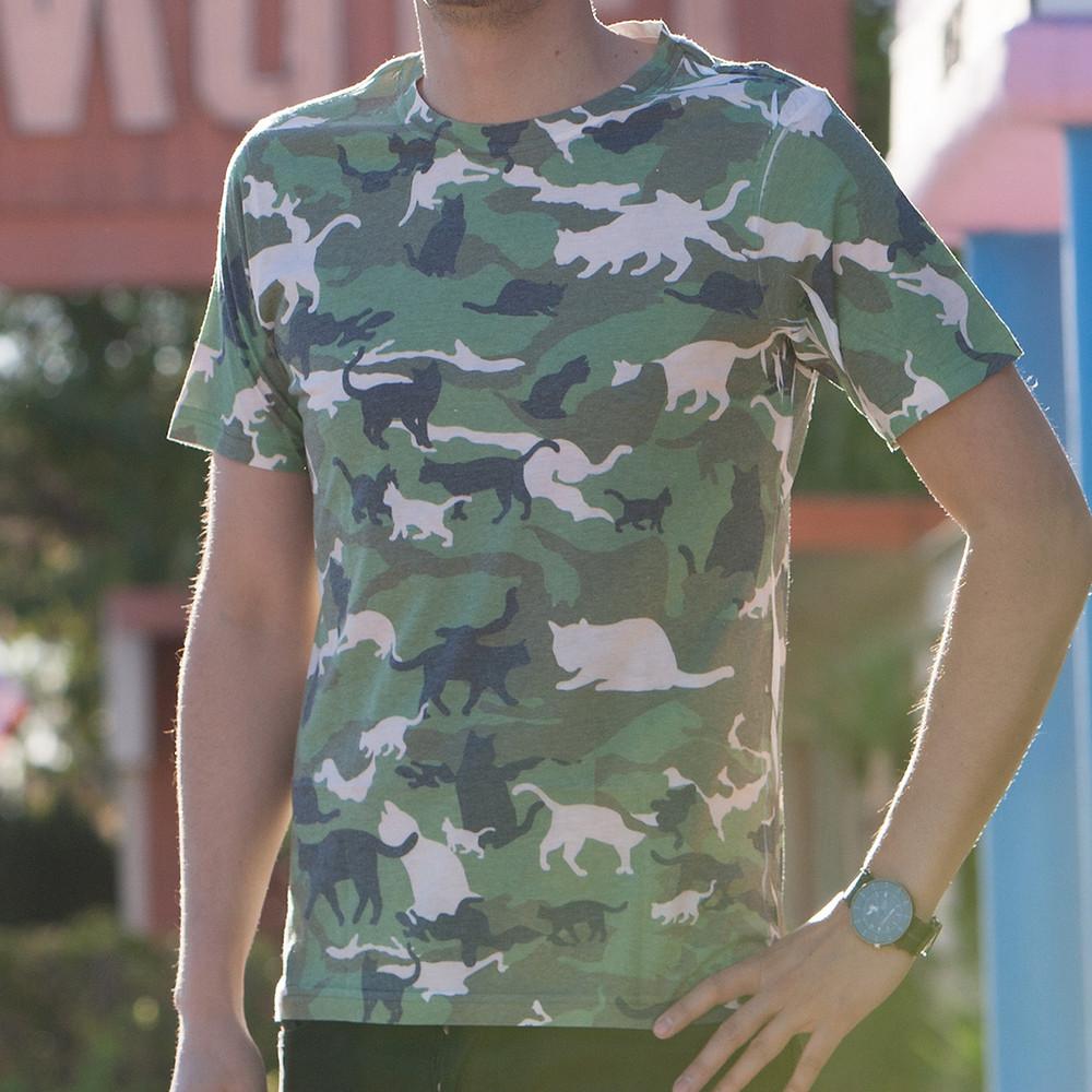 Catmouflage Cat Camo Tシャツ
