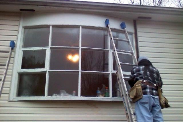 Installing bay windows with insulation