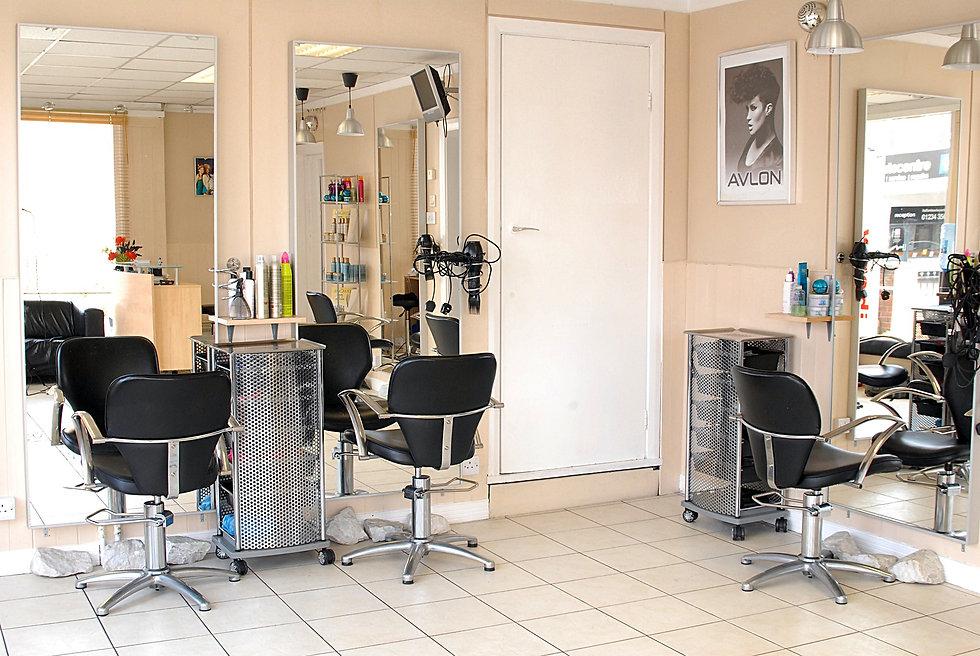 salon-1923165_1920.jpg