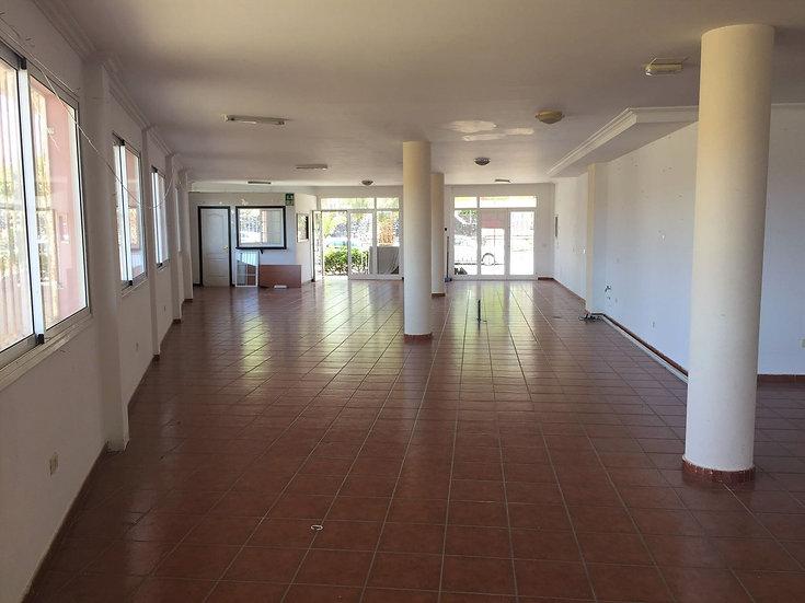 LC-021-D Local Comercial - Los Abrigos