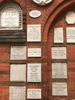 Golders Green plaques-002