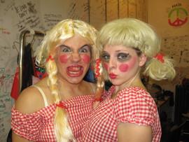 Fun Backstage, Two Ladies