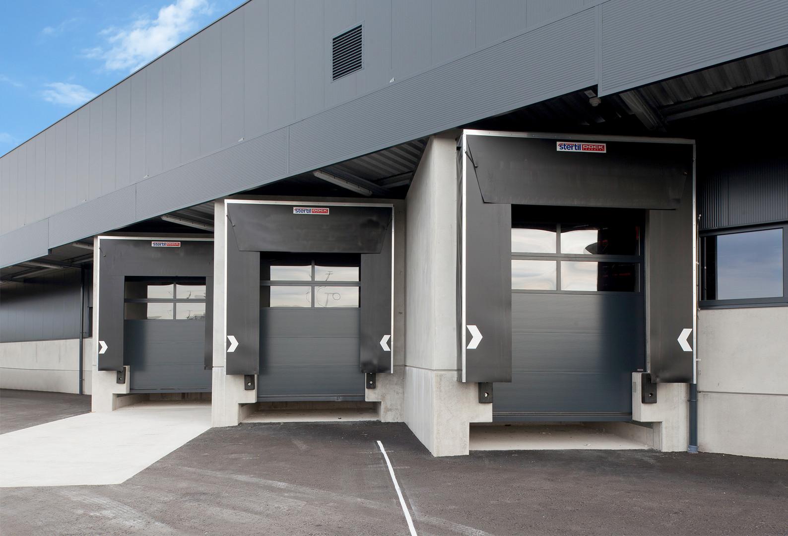 Schneider_Logistik_Verladetechnik-lagert