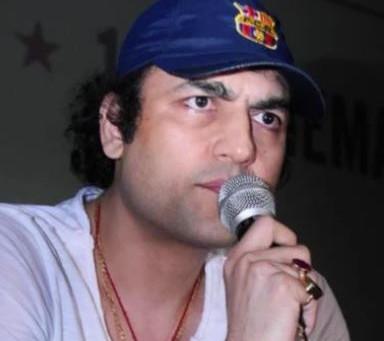Corona Medicince is a fight for the existence of Baba Ramdev, Megastar Aazaad