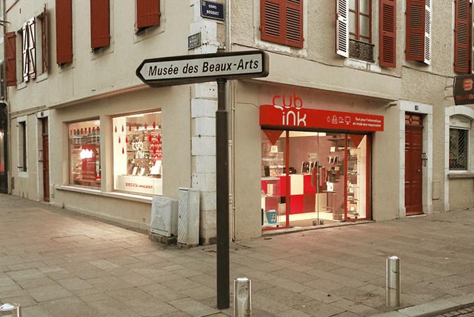 Habillage vitrines et enseigne, Cub'ink, Pau