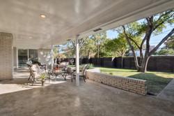 31 - patio.jpg