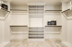 17 - master closet.jpg