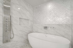 21 - tub shower suite.jpg
