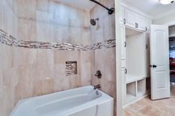 26 - Hall Bathroom 2.jpg