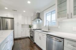 10 - kitchen sink.jpg