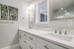 19 - master bath sinks.jpg
