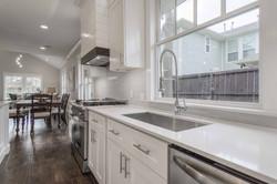 14 - kitchen sink.jpg