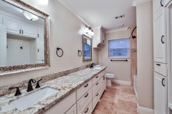 25 - Hall Bathroom.jpg