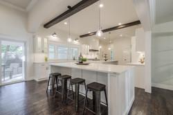 7 - kitchen 1.jpg