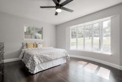 23 - bedroom bay window.jpg