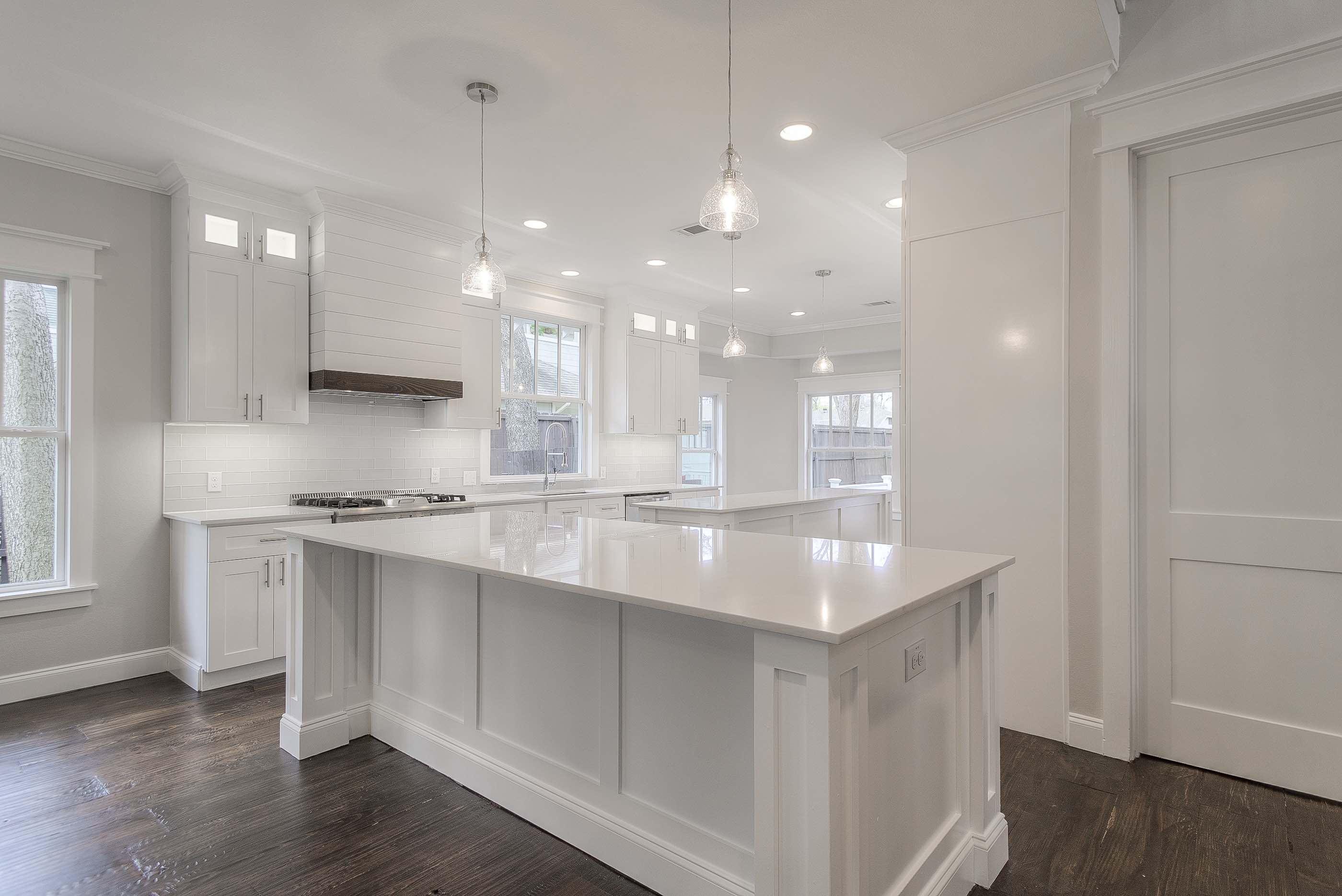 9 - kitchen - island - angle.jpg