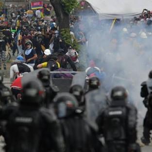 Colombie : lâche attentat terroriste contre la dignité.